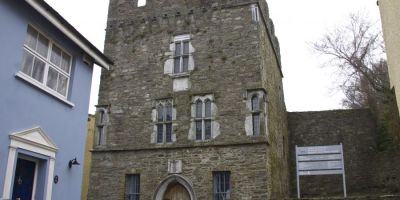 Desmond Castle & International Museum of Wine